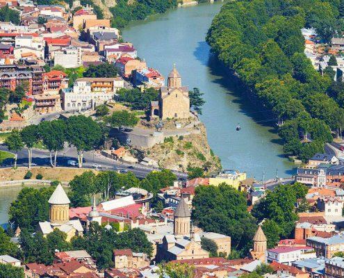 رودخانه ی زیبای کور (Kura)...