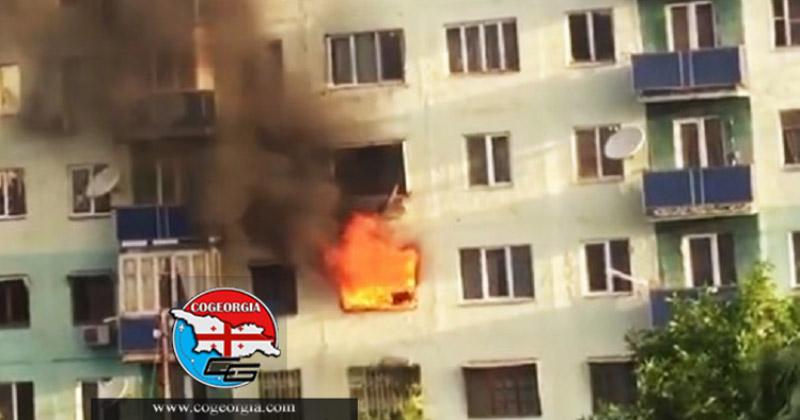 نجات جان دو بچه در آتش سوزی